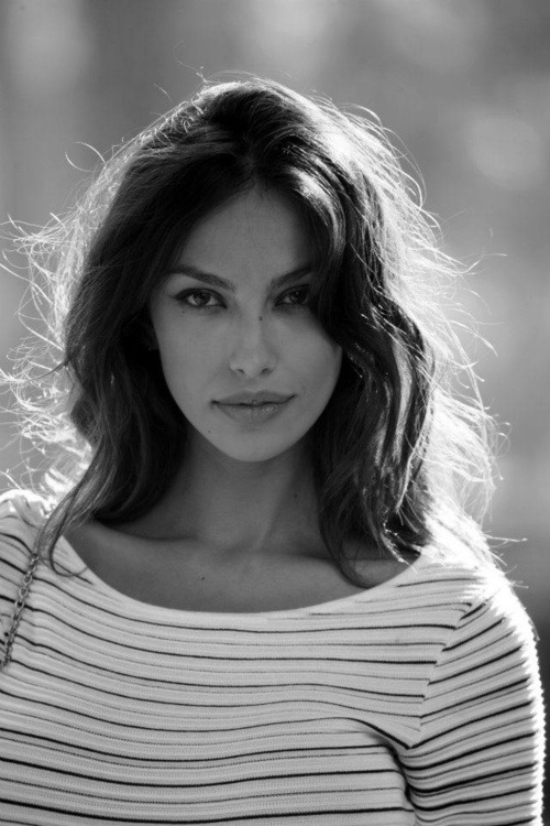 thoseoceaneyestellbeautifullies:  Madalina Ghenea