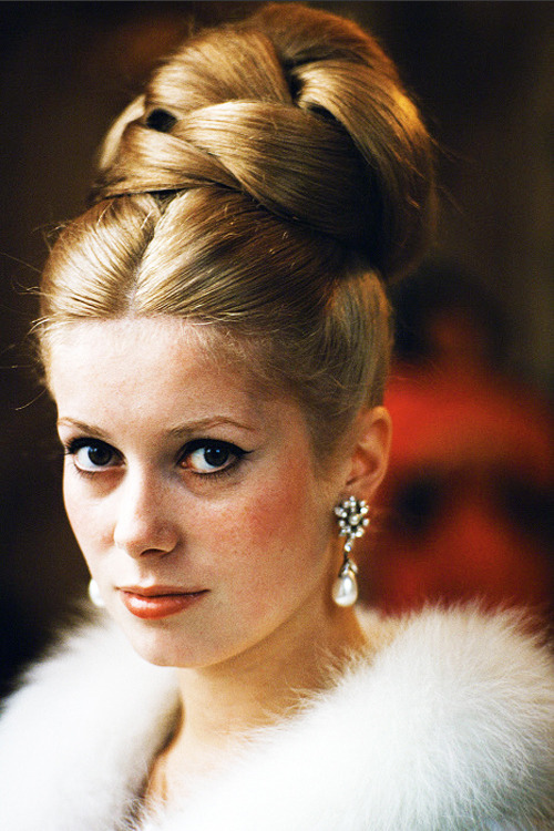 vintagesonia: Catherine Deneuve So lovely.
