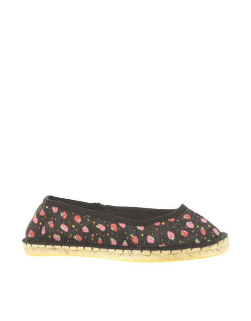 ASOS LOWDOWN Strawberry Print EspadrillesMore photos & another fashion brands: bit.ly/JgPXRU