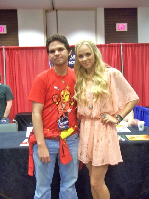 I got to meet Laura Vandervoot (Supergirl from Smallville) at Dallas Comic Con. She was very nice & let me take a picture with her. She is even more beautiful in person.
