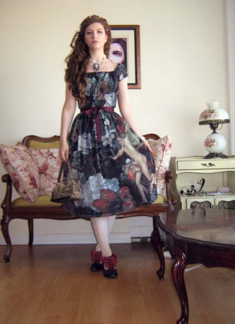 Outfit I wore for Sonia's (aka Divine Cross) birthday. <3 It was so hot outside, I had to keep it simple, so I wore my Murmure de l'ange dress from Juliette et Justine and added a burgundy ribbon at the waist (and flower crown) to match my John Fluevog shoes.