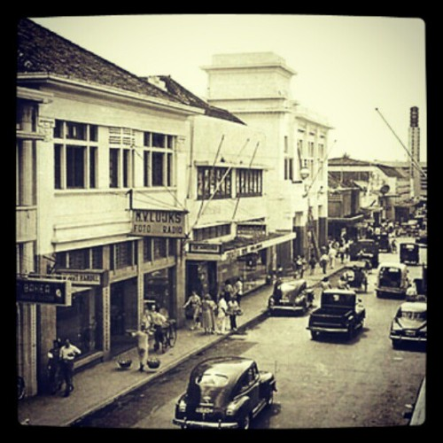 Braga 1940 #past #bandung #Indonesia #legend #symbol #story #street  (Taken with instagram)