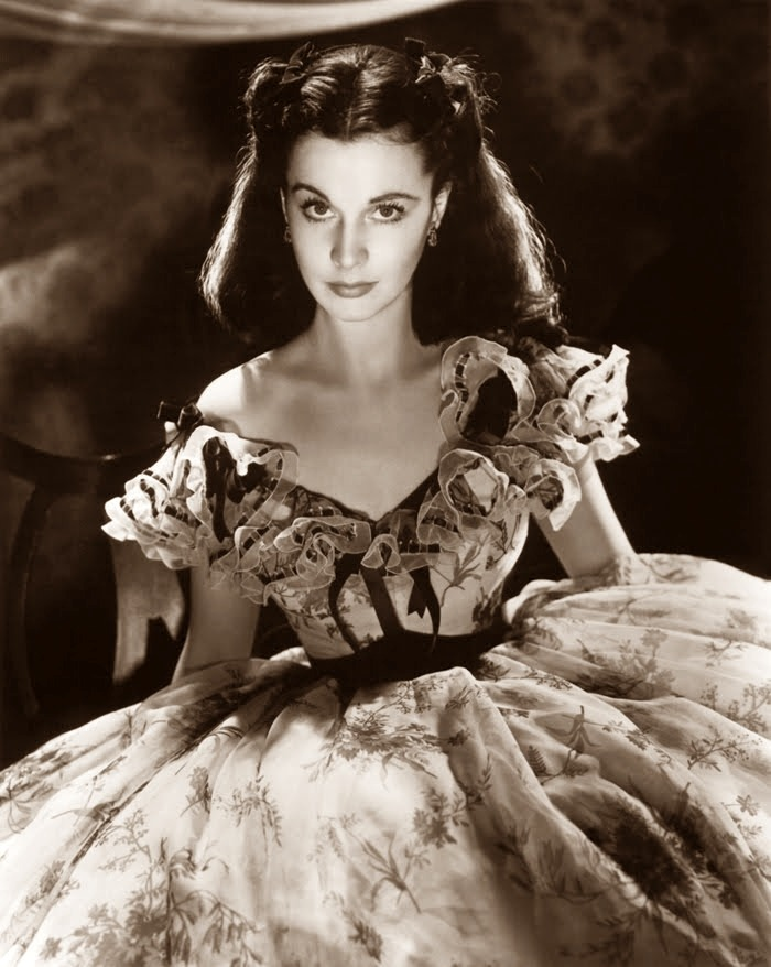 heartsmachine:  This is Vivien Leigh.Vivien the most beautiful Leigh ♪