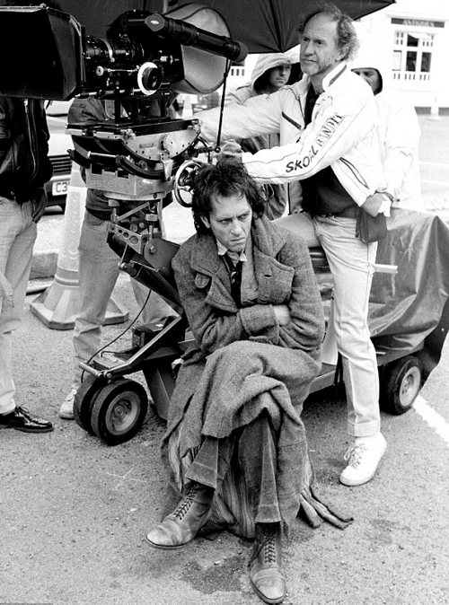 lestercorp:  Richard E. Grant on the set of Withnail and I
