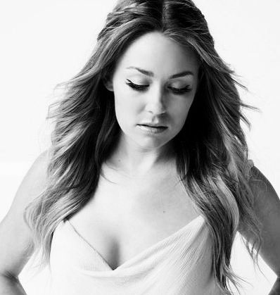 xo-laurenconrad:  Would you lay down in my arms and rescue me?