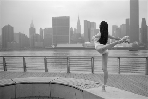 ballerinaproject:    Gaby - Gantry Plaza State Park           Become a fan of the Ballerina Project on Facebook. Check out the new Ballerina Project blog.