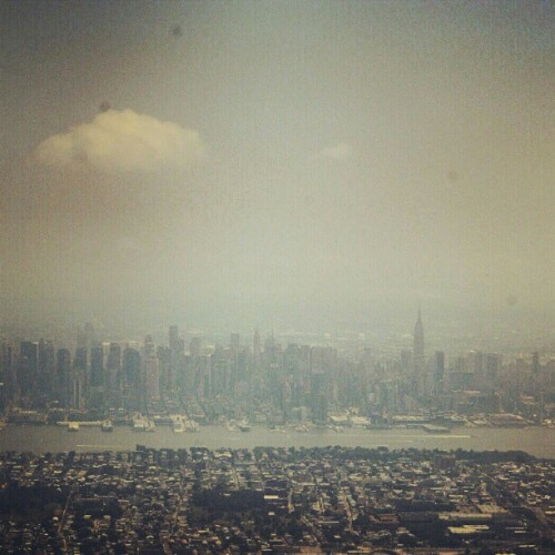 Byen over alle byer #newyork  #city #ny #skyline  (Taken with instagram)
