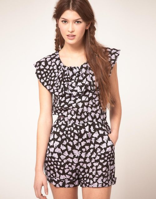 Sugarhill Boutique Playsuit in Bunny PrintMore photos & another fashion brands: bit.ly/JgPn6G