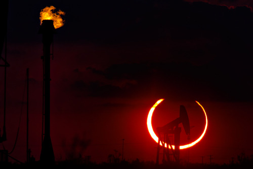 An annular eclipse appears, May 20, 2012, north of Odessa, Texas