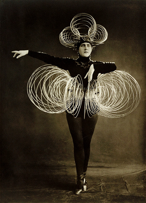 Spiral Costume, from the Triadic Ballet.