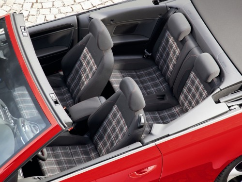 just love those plaid seats