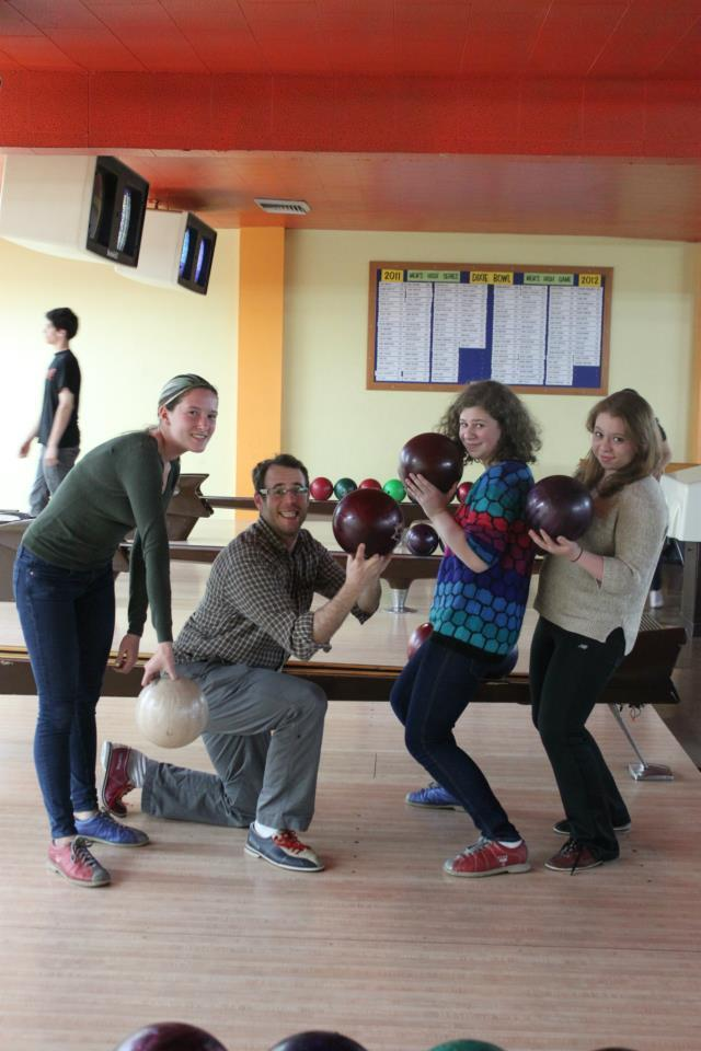 rhymeswithzoe:  You really haven't bowled 'till you've bowled with a rabbi….  how have I not seen this until now….