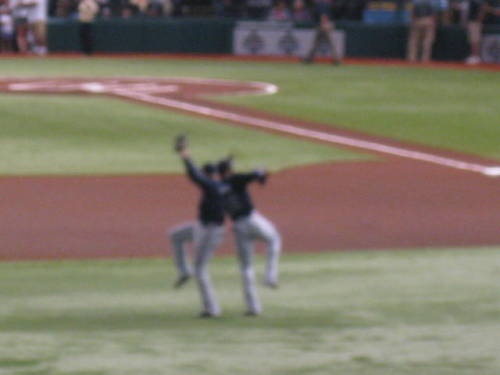Finally uploaded my pictures from the Braves-Rays game. This is one of my favorites! It's a tad blurry but it's Jason Heyward & the oh-so-adorably-amazing Freddie Freeman doing their jump thing! :)