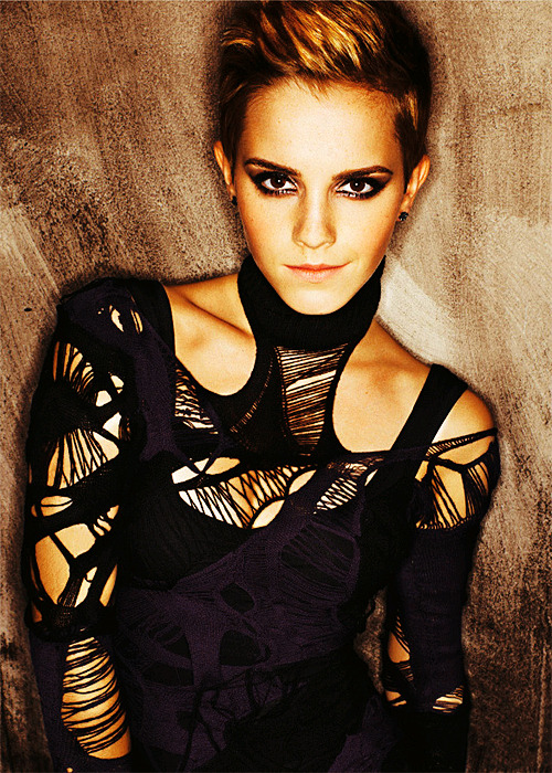100 Favorite Pictures of Emma Watson     ↳ 30 / 100