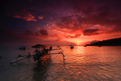 Sunset view at Senggigi beach, Lombok, Indonesia submitted by: dalijo thanks!