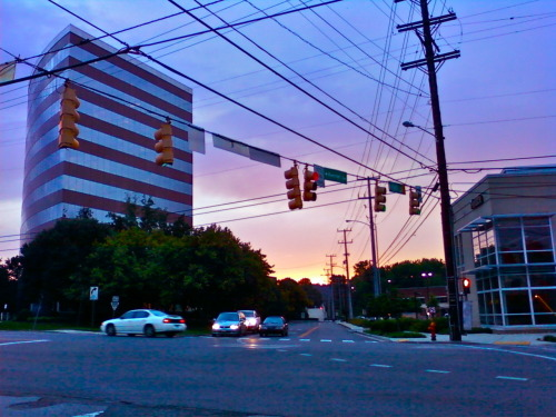 whatiseenashville:  Just a beautiful evening in West Nashville (I just went grocery shopping)