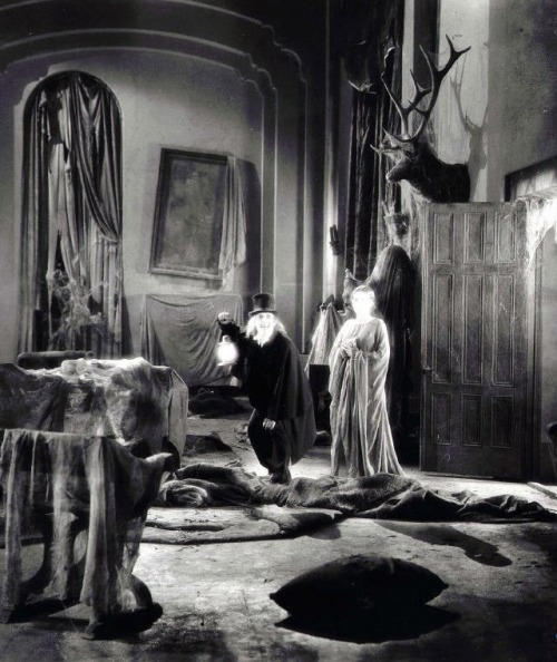 London After Midnight (1927, dir. Tod Browning) (via)