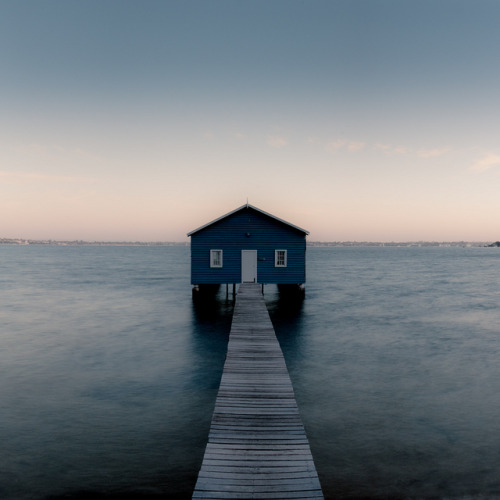 inspirens:  Boat Shed by alvse on Flickr.