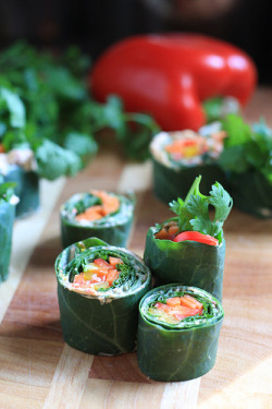 beautifulpicturesofhealthyfood:  Raw Collard Greens Sushi Rolls…RECIPE