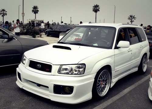 I don't know why I like these setups so much…  Maybe it's cause Subies just make it look good all the time. haha.