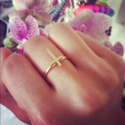 Love my new Little Gold Cross ring now available to purchase for $11 #edgy #fashion #ring #cute #little #girl #clothes #cross #delicate #adorable #blogger #mickeysgirl