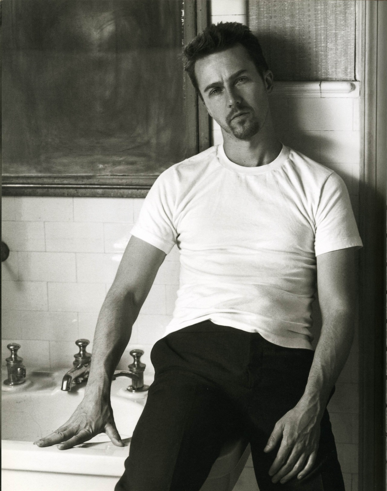 Edward Norton por Herb Ritts, 1999