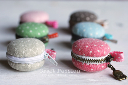 whatthafork:  DIY Macaron Coin Purse from Craft Passion