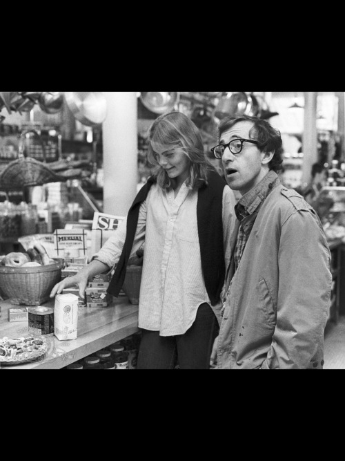 Even though he hated it, Manhattan is one of my favorite Woody Allen movie. I'm gonna date a 17 year when I'm in my 40's.