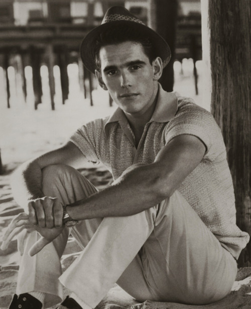 hopper-for-lucy:  Matt Dillon in The Flamingo Kid