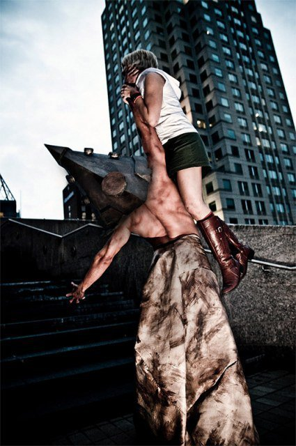 gaminginyourunderwear:  EPIC COSPLAY OF THE DAY: Silent Hill