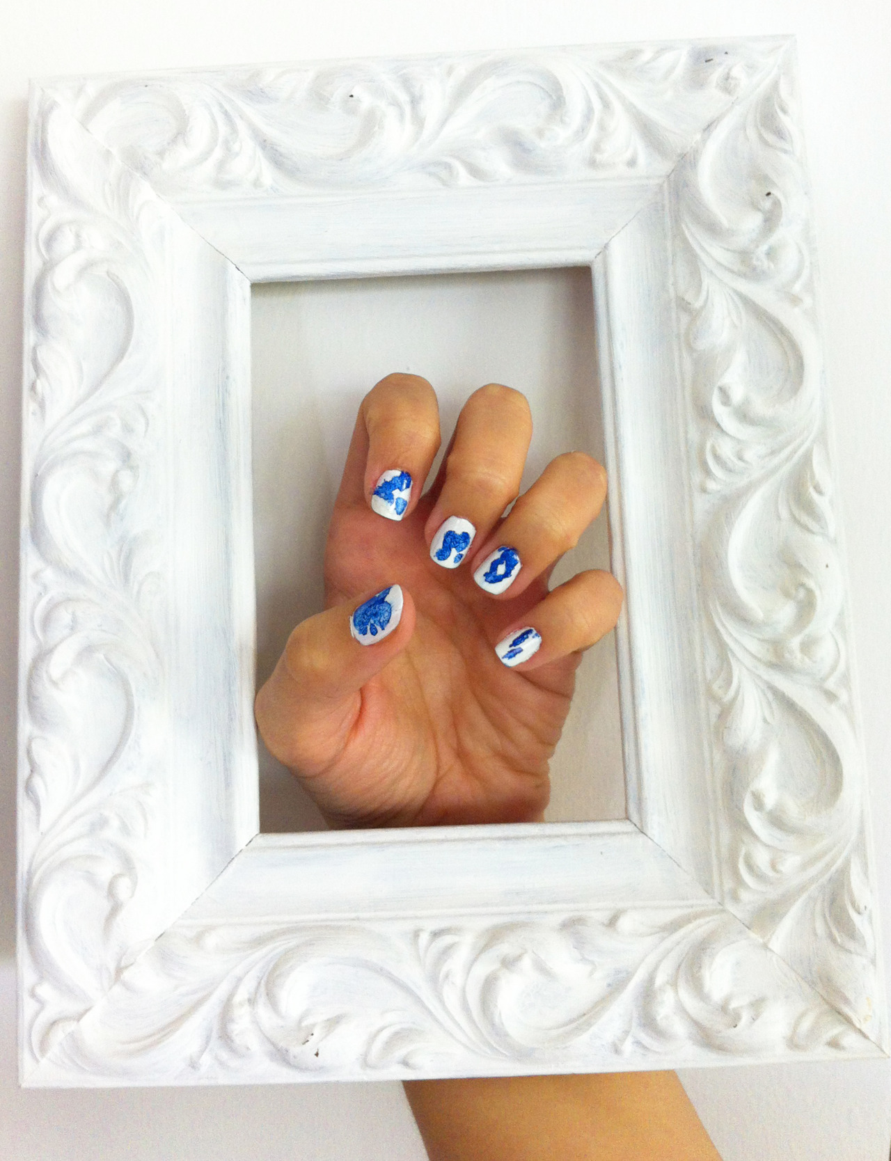 guaynails:  Yves Klein nails