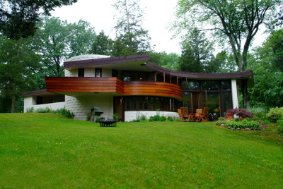 designsbyfranklloydwright:  Curtis Meyer House (1948), Glaesburg, Michigan - Frank Lloyd Wright