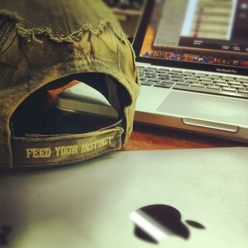 Feelthepower#apple#macbookPro#ipad (Taken with Instagram at Escuela Del Zamorano)