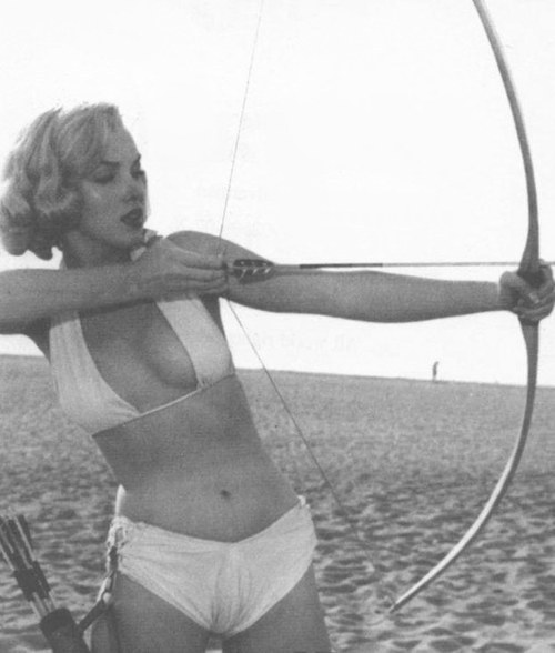 arcaneimages:  marilyn monroe   Hot