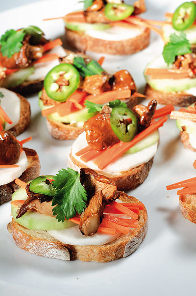 Chanterelle banh mi bites by Michael Natkin! Bay Area Bites has an interview with Natkin, whose vegetarian cookbook Herbivoracious has just been published. These little beauties involve mixing vegan mayonnaise with Sriracha, which is something so obviously clever I can't believe I haven't been doing it all the time. Why don't you guys tell me these things? Click through for the recipe and the interview! [photo by Michael Natkin]