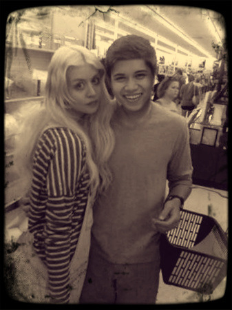 Look who I bumped into…  Welcome to Manila, Allison Harvard! :D  Hahaha!