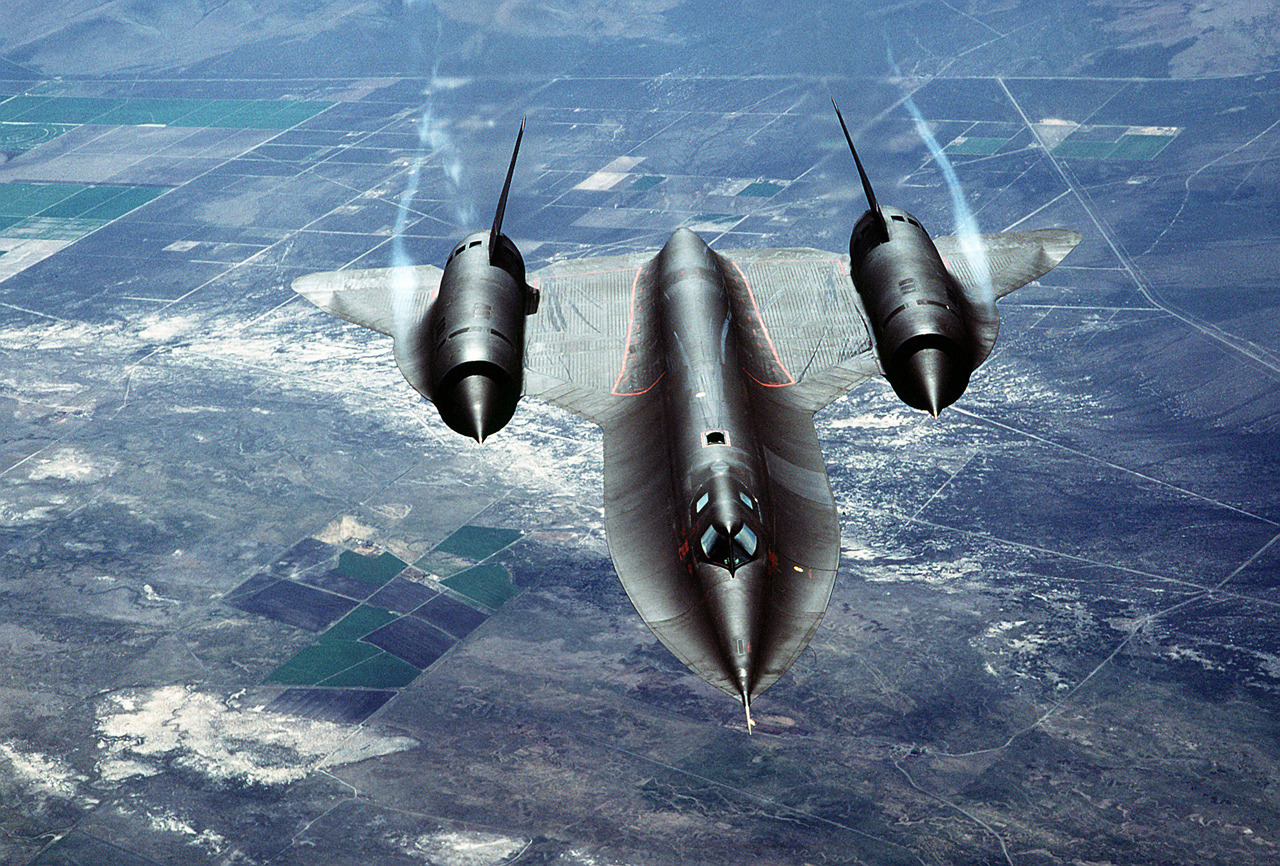 ckck:  The SR-71 Blackbird, still the fastest.