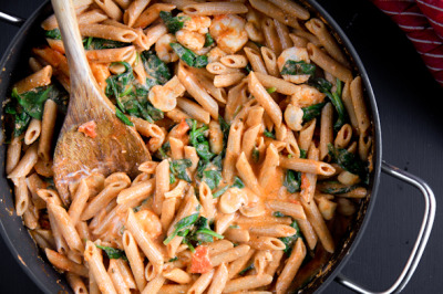 juliasea:  Penne Rosa made with greek yogurt. (Or, dinner last night.) 20 minutes & awesome. Just a friendly PSA. BUT…I left out the shrimp and subbed basil and arugula for spinach.   eProps to Melinda for linking.   HOORAY for all things pasta!  This looks delicious!
