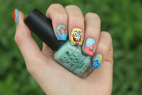 nailsbycoewless:  Spongebob nails on Flickr. I made Spongebob Squarepants nails! I think they turned out great. I love the Patrick nail! :)www.coewlesspolish.wordpress.com