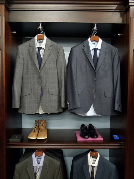 thetieguy:  suits and boots.