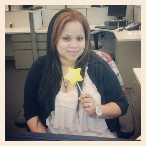 Im a #star!! #ediblearrangements #work #me #surprise #him #fruits #danielfast #twotone #straight #hair #pineapple #happy #blessed  (Taken with instagram)