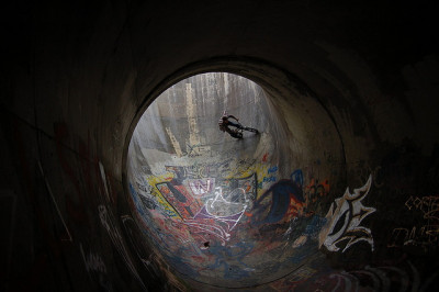 Hellhole by rilabetes on Flickr.