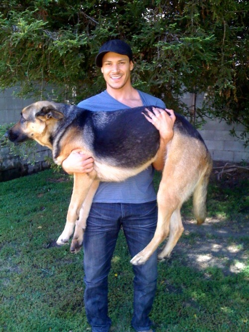 alexmerazfan:  Alex Meraz tweeted a new picture of himself with his new puppy on Twitter! Alex tweets- I recently adopted a beautiful lil puppy! I'm gonna be like a Hollywood chick and stuff her in my man-purse