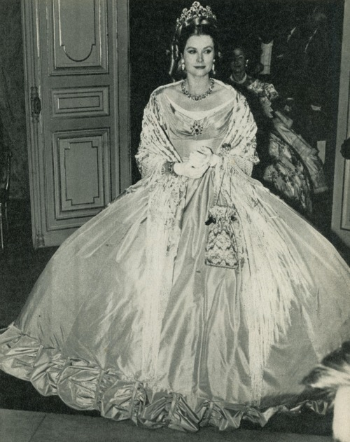 "gracescans:  Her Serene Highness dazzles at the Bal du Siècle. 1966  dosesofgrace: ""My"" dress!"
