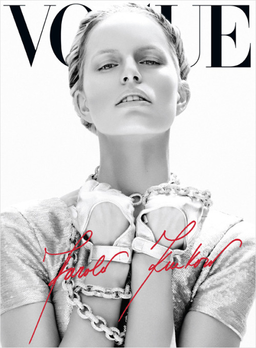 glam-val:  @KarolinaKurkova second cover for @VogueMexico, June 2012