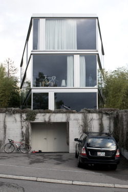 subtilitas:  Christian Kerez - House with one wall, Zurich 2007. Via Sander Lückers. Prev, 2, 3, 4.