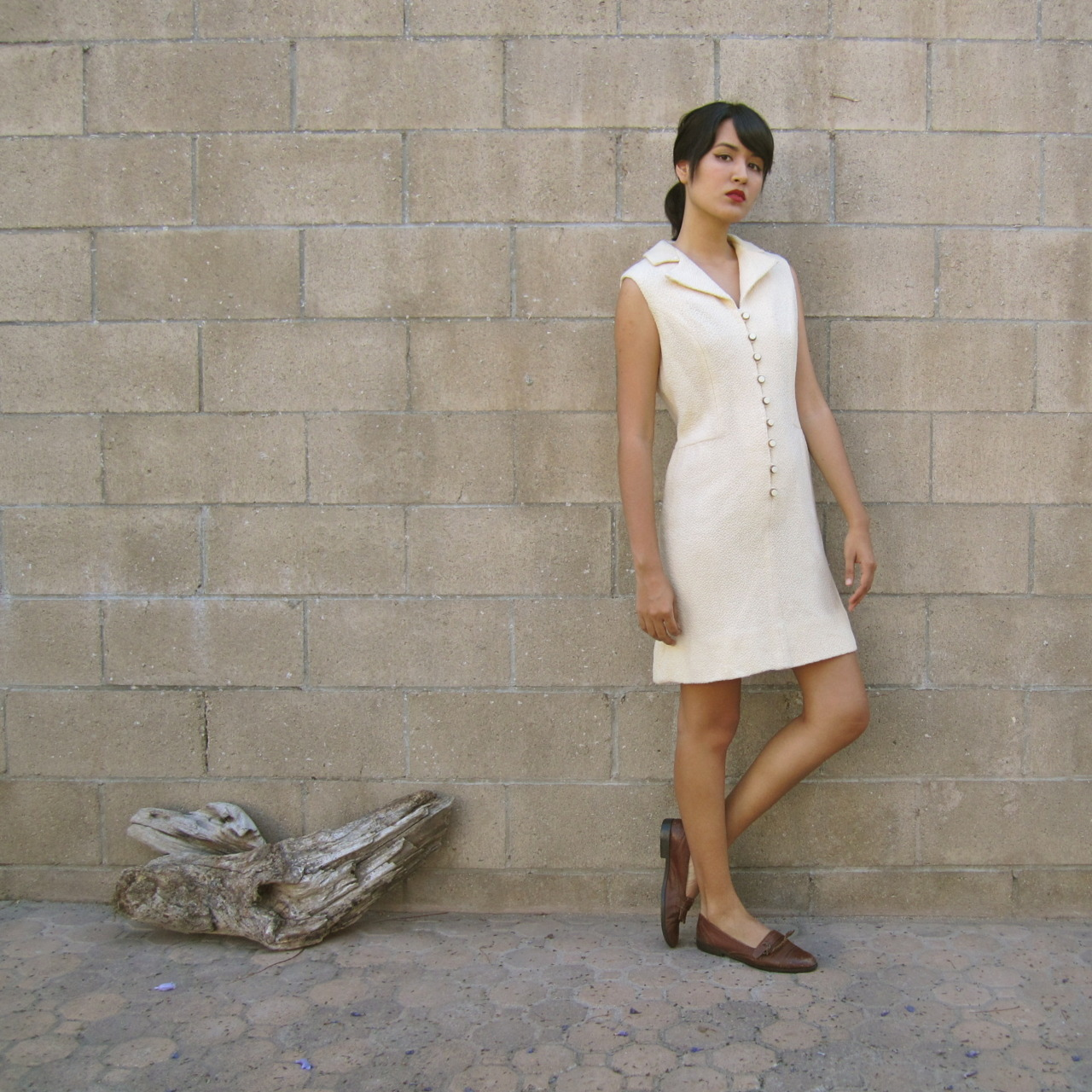 1960s dress/ vintage shift dress/ cream white 60s mod mini dress M by MILK TEETHS