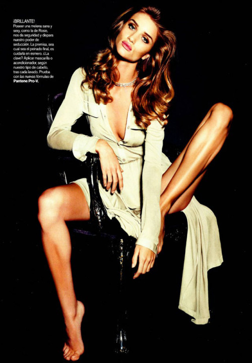 Rosie Huntington : My Girl Crush.
