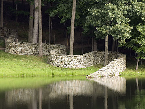 bluepueblo:  Stone Wall, Storm King, New York photo via takegreat
