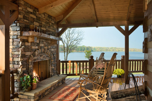 Lake? Check. Outdoor fireplace? Check. Holiday weekend? Check. NAHB's Home of the Day? Yes, please! To see more of this beautiful cabin, visit: http://www.nahb.org/generic.aspx?genericContentID=181837&utm_source=tumblr&utm_medium=social&utm_campaign=HOTD